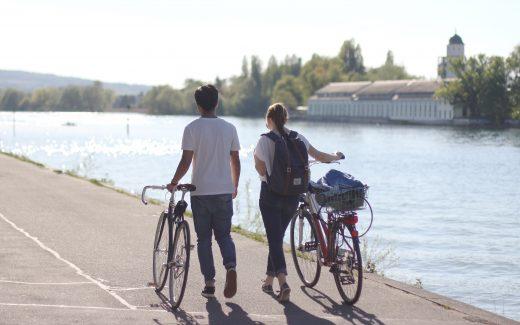 En cykel gør det nemt og fleksibelt at komme rundt på campingferien