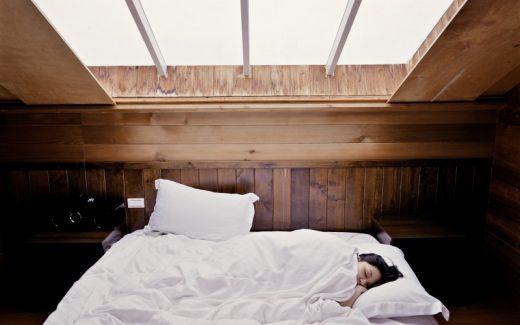 Sund nattesøvn med økologisk sengetøj
